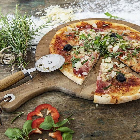 Planche à pizza avec roulette6816